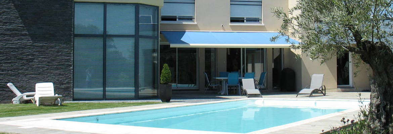 Construction de piscine pisciniste for Construction piscine originale