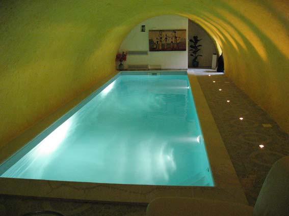 construction de piscines d 39 architectes ext rieur ou int rieur euro piscine services. Black Bedroom Furniture Sets. Home Design Ideas