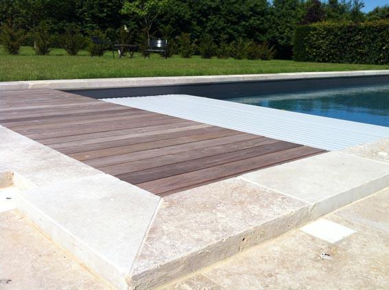 Margelles dalles et plages pour piscine am nagement des - Terrasse bois et pierre naturelle ...