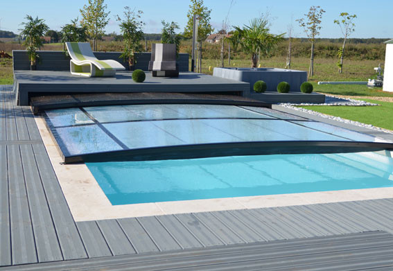 Piscine emission d co sur m6 pisciniste euro piscine for Abri piscine plat