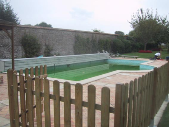 La r novation piscine euro piscine services for Barriere bois piscine
