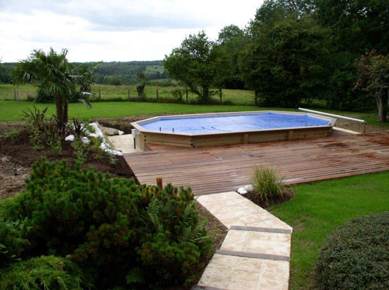 Piscine hors sol piscine en bois euro piscine services for Piscine bois demontable