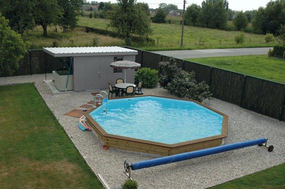 Piscine hors sol piscine en bois euro piscine services for Zwembad half inbouw