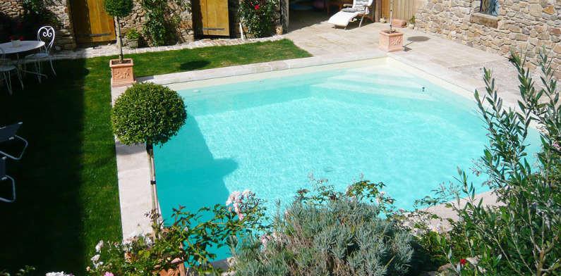 Mini piscine euro piscine services for Piscine petite surface