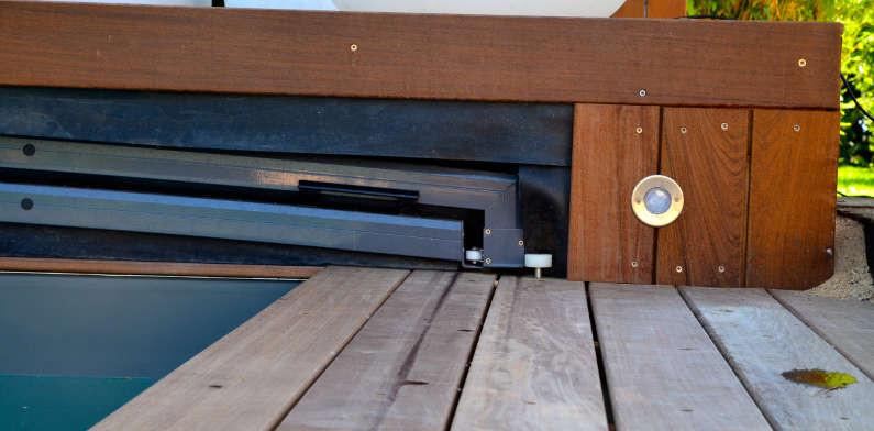 Abri int gr extra plat constructeur d 39 abris euro for Constructeur piscine bois